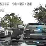 Nufilmuota, kaip policininkai nušauna įtariamą žudiką (VIDEO)