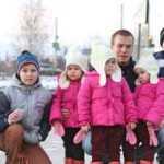 Po žmonos mirties vyras liko su šešiais vaikais, tačiau likimas jam atsilygino