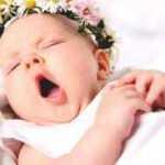 Kuo vaikas protingesnis, tuo mažiau jis miega ir tuo dažniau pabunda naktį