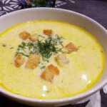 Prancūziška sūrio sriuba su vištiena