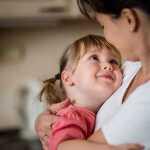 10 motinos klaidų, kurios gali sugriauti dukrai gyvenimą
