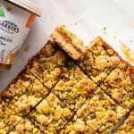 Pyragas su abrikosų džemu ir pistacijomis, receptas