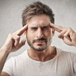 Kaip sužinoti ar žmogus galvoja apie tave: prietarai ir energetiniai ženklai