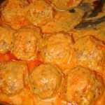 Faršo tefteliai padaže, receptas